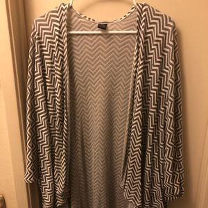 Other - Black and White Chevron Coverup